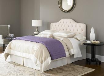 Dormitorio gris y lavanda