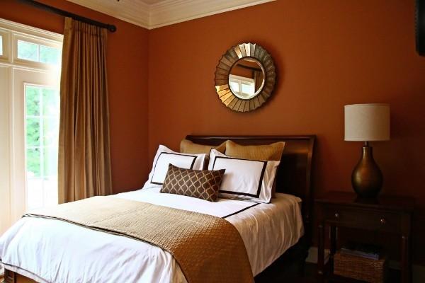 Bedrooms with Burnt Orange Walls 600 x 400