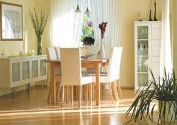 Elegir y distribuir los muebles del comedor