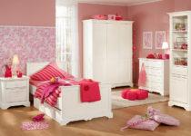 Dormitorios de niñas y adolescentes en tonos rosas