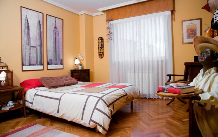 Dormitorio indu amarillo