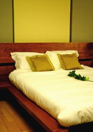 Cabecero y cama original de forja c 94 bed mattress sale for Milanuncios cadiz muebles
