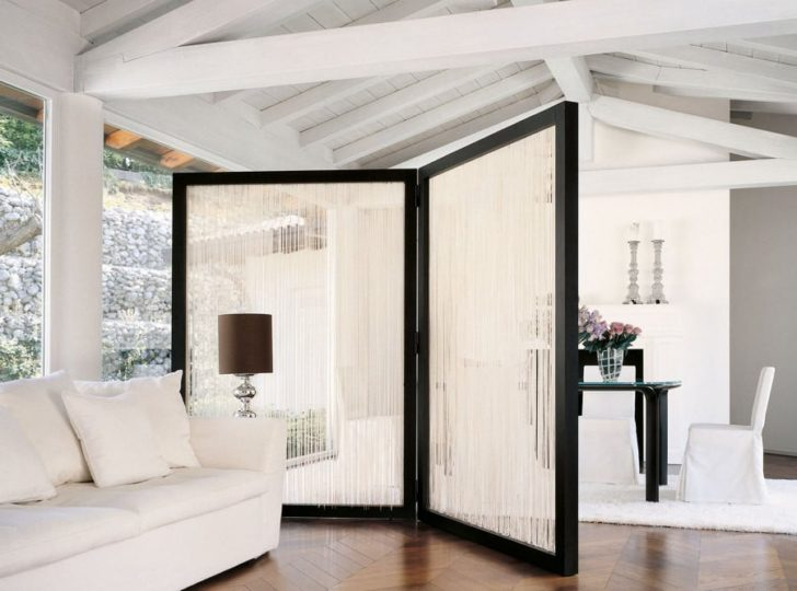 Soluciones elegantes para dividir ambientes sin paredes - Paneles para separar espacios ...