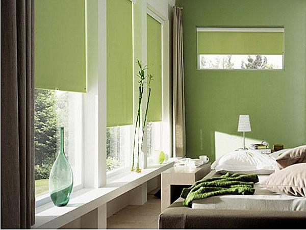 Dormitorio con gran ventanal