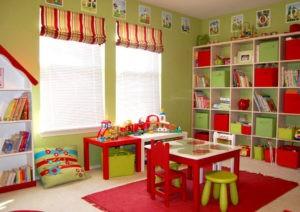 Decorando una sala de juegos y estudio infantil