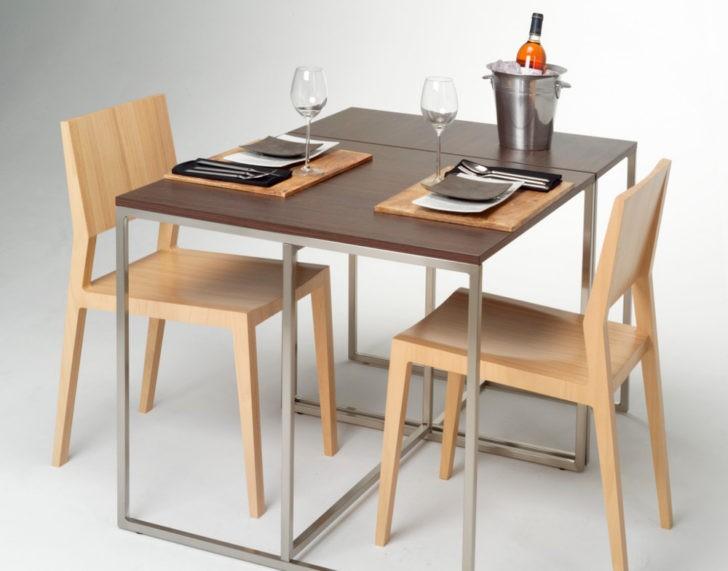 Mesa de comedor pequeña