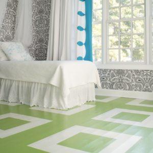 Dormitorio suelo verde y blanco