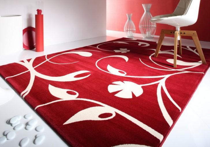 Alfombra roja floral
