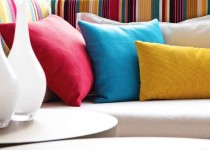 Decora con almohadones de colores