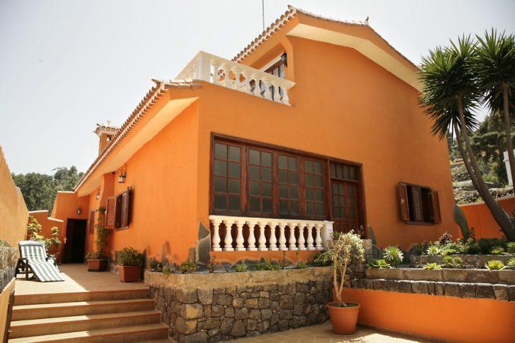 Paleta de colores para exteriores y fachadas de casas de for Pinturas de frentes de casas colores