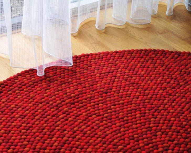 Alfombras de bolas rojas