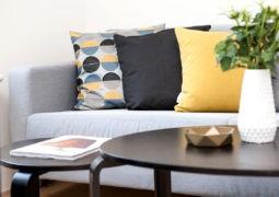 No cometas errores en elegir los muebles y decorar
