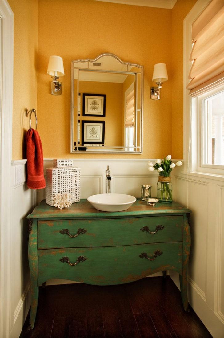 Paredes de baño amarillo