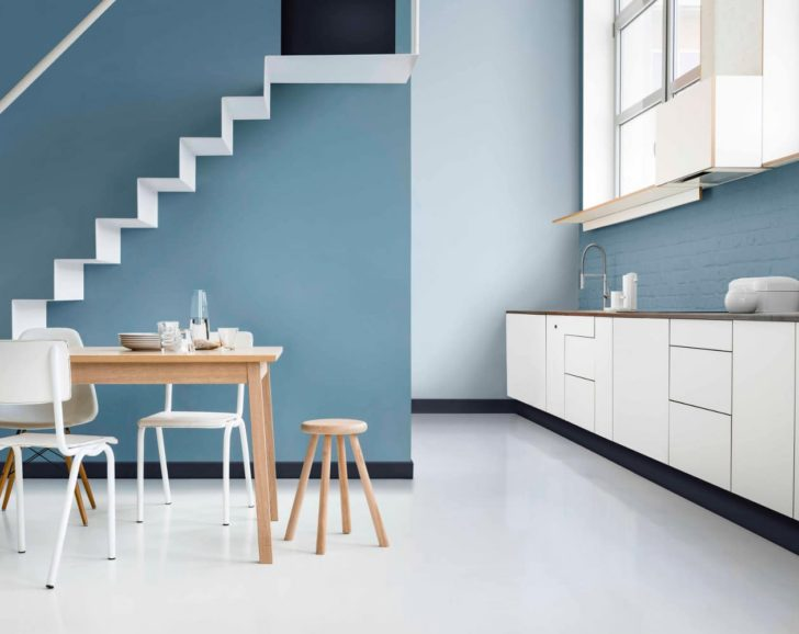 Cocina grande azuly blanco