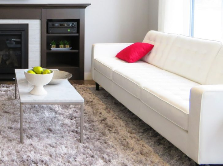 Sofá minimalista